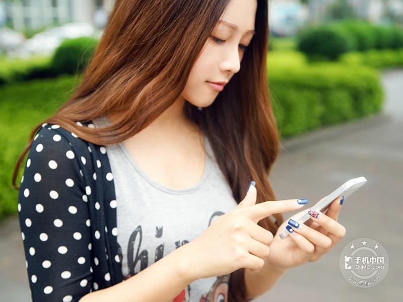 苹果iPhone5(16GB)时尚美图第5张