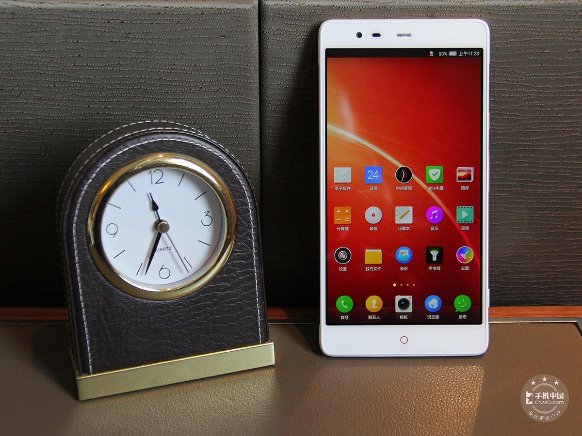 努比亚X6(128GB)整体外观第1张