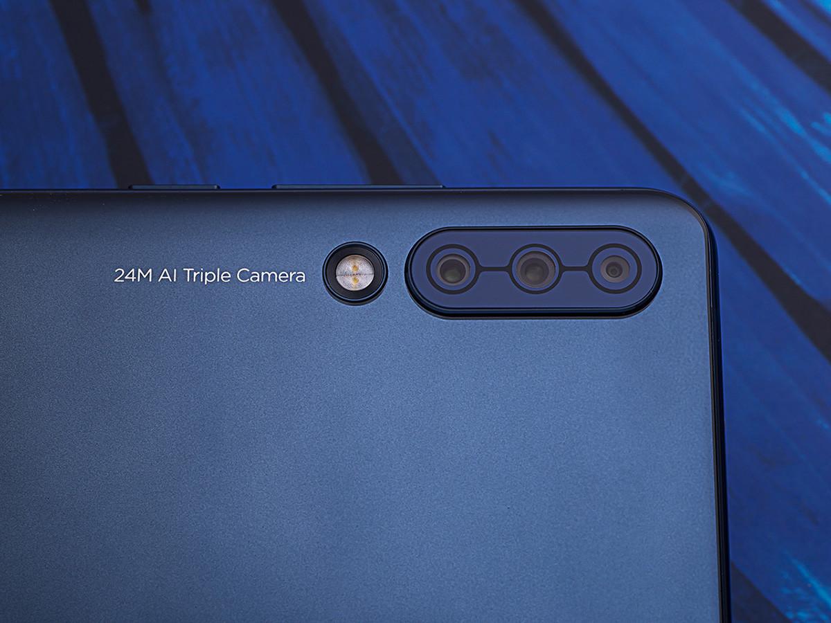 LenovoZ6(6+64GB)机身细节第5张