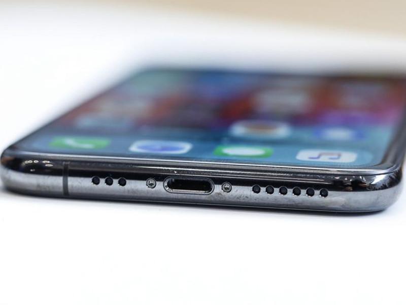苹果iPhoneXS(256GB)机身细节第7张