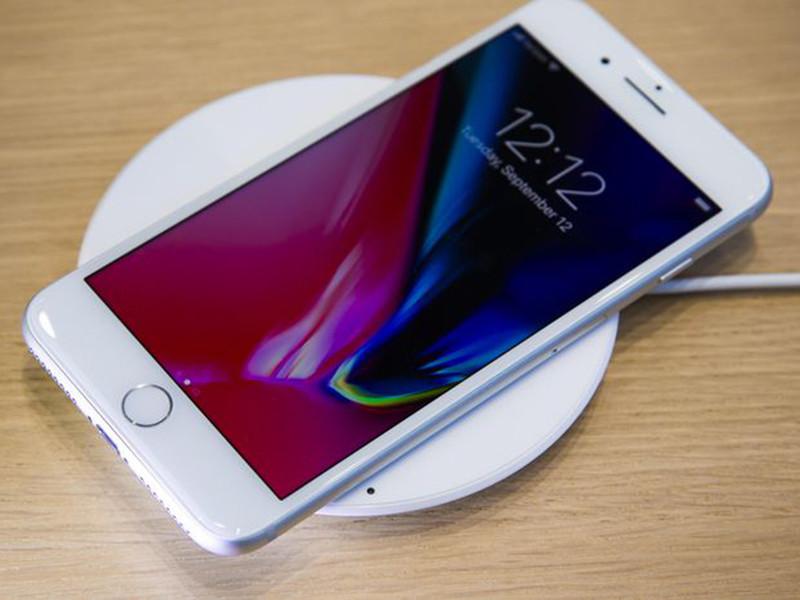苹果iPhone8Plus(256GB)整体外观第3张