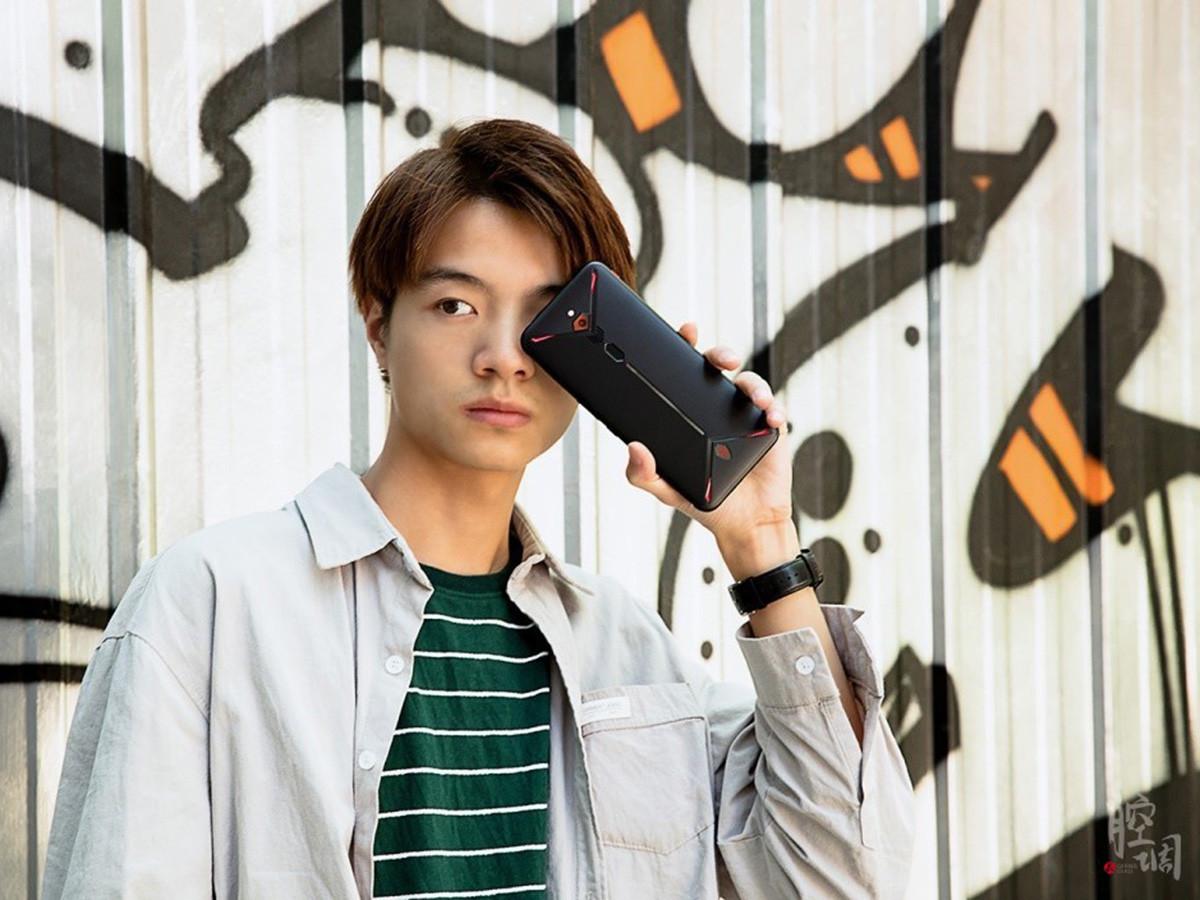 努比亚红魔3电竞手机(8+128GB)时尚美图第7张