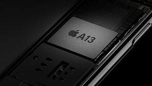 【苹果A13处理器】据了解,今年即将与我们见面的苹果A13芯片仍然属于旗舰级别,该芯片由台积电独家代工,使用了台积电7nm极紫外光刻(EUV)工艺,晶体管数量几乎与iPad Pro上的A12X仿生相同。但是在核心数?#21487;希?#33529;果A13芯片可能会发生变化,将由A12仿生中两个性能核心+四个能效核心升级为三个性能核心+四个能效核心,性能甚至能够超越部分?#22987;?#26412;电脑。